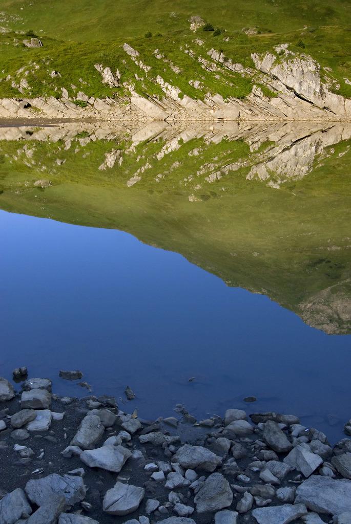 26. Lac de Chesery - Chablais valaisan - Suisse
