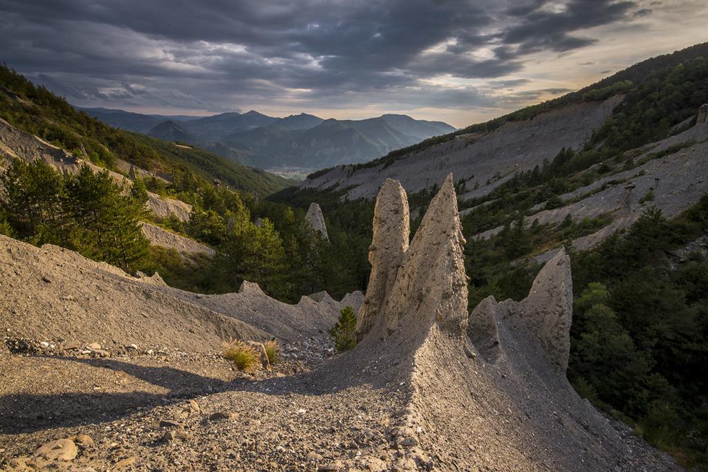 21. Demoiselles coiffées de Theus - Gapençais - Hautes Alpes